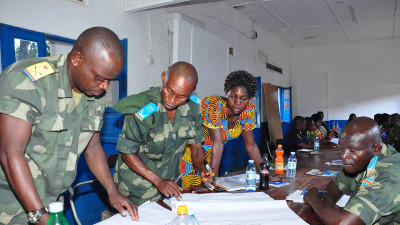 Dialogue event in Dungo for civil society organisations and members of the military