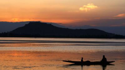 Dal Lake during a sun set in Srinagar. Credit: SHUAIB MASOODI