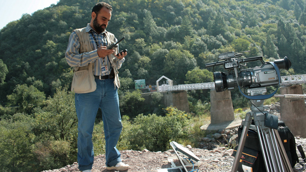 Mohammed Urfi filming